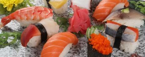 sushi tong hop loai nho