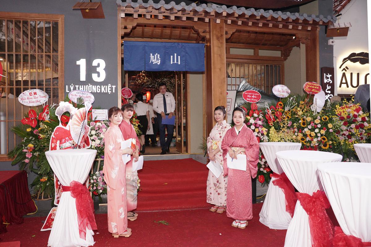 chuc-Hatoyama-13lythuongkiet-khai-truong-hong-phat